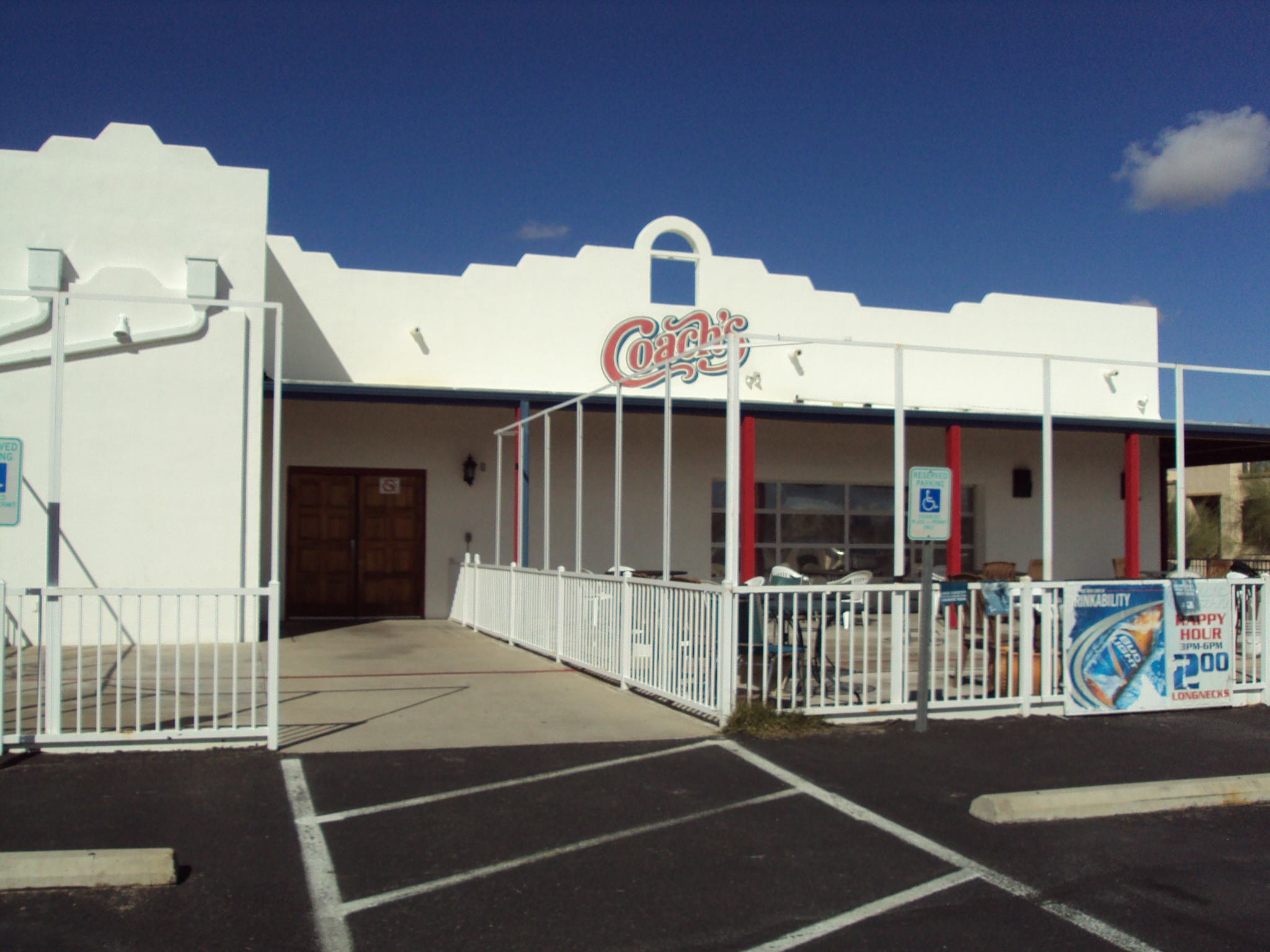 Coach's American Bar & Grill – Temporarily Closed